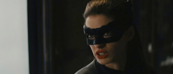 anne-hathaway-as-catwoman-in-the-dark-knight